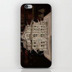 Die Geschichte der Villa... iPhone & iPod Skin