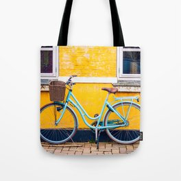 Bike and yellow Umhängetasche