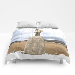 Dolmen Comforters