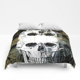 Skull Graffiti 1.0 Comforters