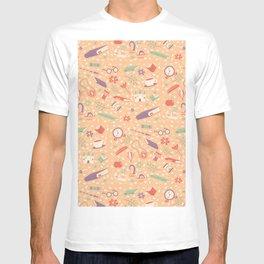 Read books pattern T-shirt