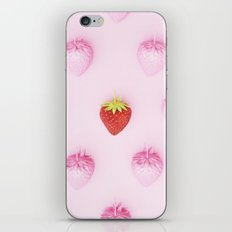Pattern strawberry color iPhone & iPod Skin