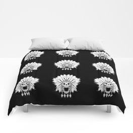 Shaman skull black & white Comforters