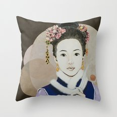 Her yearning Throw Pillow