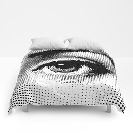Lina Cavalieri Eye 02 Comforters