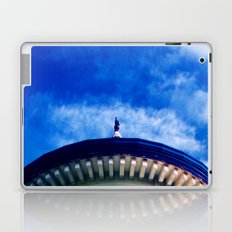 L'ingranaggio Nel Cielo Laptop & iPad Skin