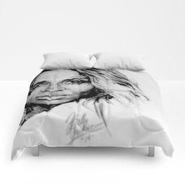 Ciara Comforters