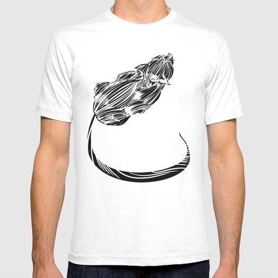 Crouching Cat T-shirt