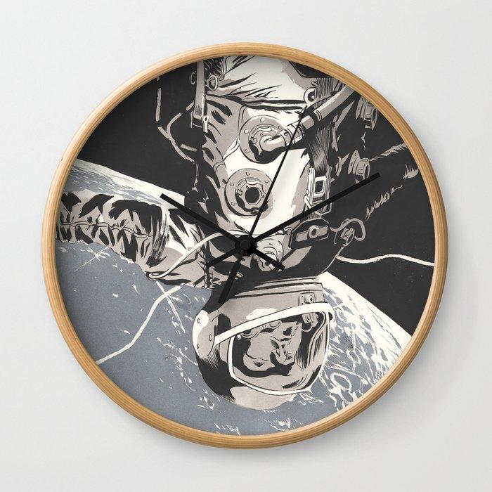 Gravity Wall Clock