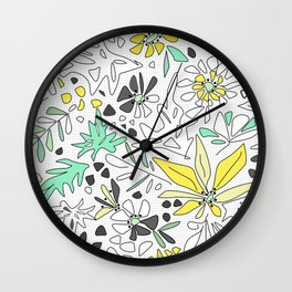 Retro flower pattern 2 Wall Clock