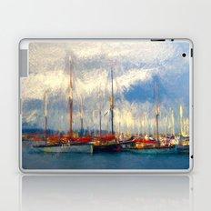 Waiting to sail Laptop & iPad Skin