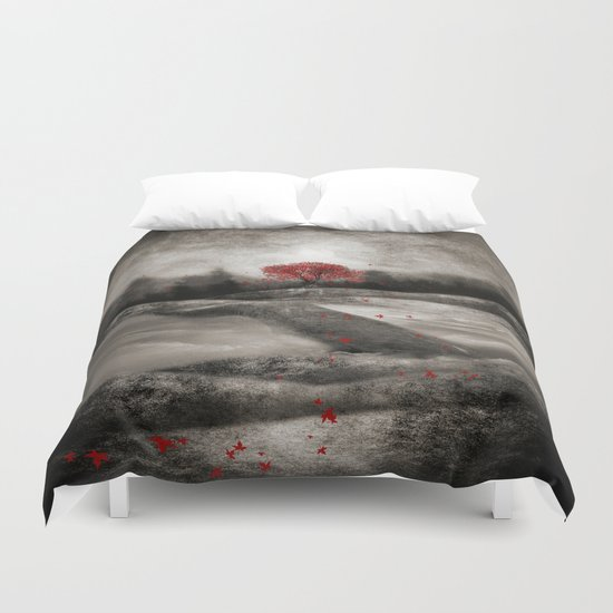 The red sounds and poems, Chapter I Duvet Cover