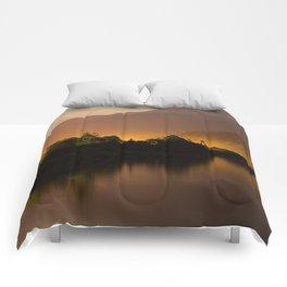 Garibaldi Supermoon Comforters