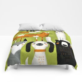 EXTENDED FAMILY PORTRAIT Comforters
