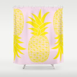 Ananas baby pink Shower Curtain