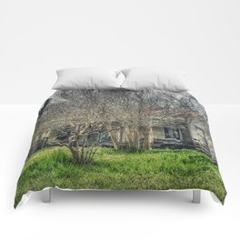 Disturbance At The Heron House Comforters