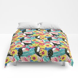 Toucan floral pattern Comforters