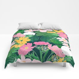 Stylish exotic floral and foliage design Comforters