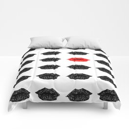 The red lips Comforters