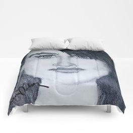Demi sketch Comforters