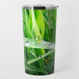 green grass Travel Mug