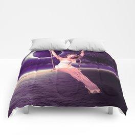 Swing the moon Comforters