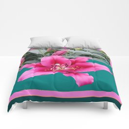 FUCHSIA PINK LILY TEAL ARTWORK Comforters