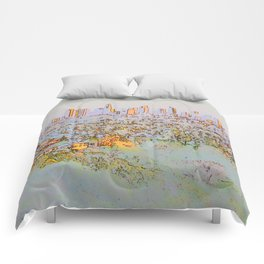 The city of dreams - sklyine at dusk Comforters