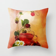 Erdbeertee Throw Pillow