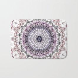 Bohemian White Detailed Mandala Design Badematte