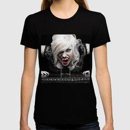 Sexy Female Vampire T-shirt