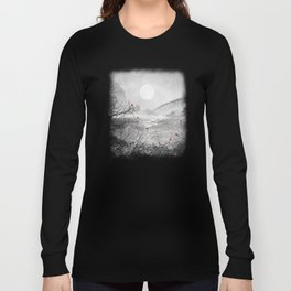 The red sounds and poems, Chapter II Long Sleeve T-shirt