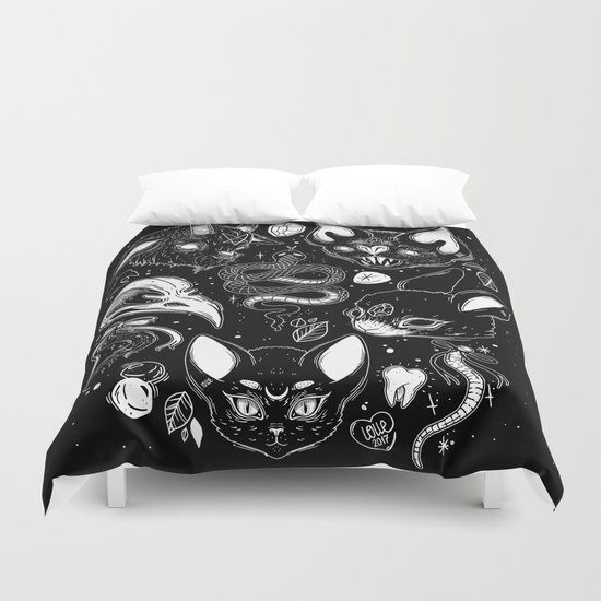 FAMILIAR SPIRITS Duvet Cover