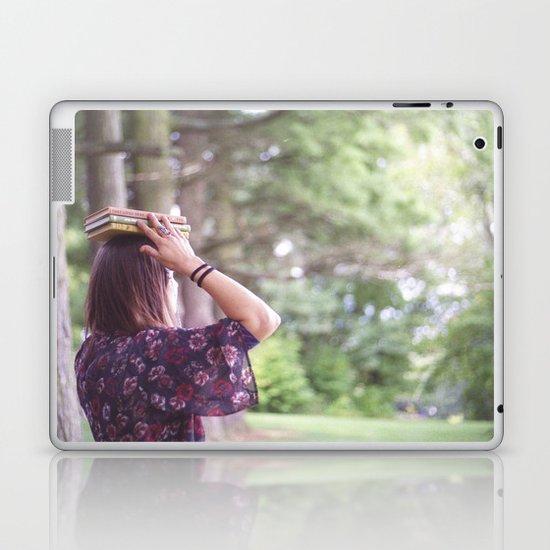 Bookish 02 Laptop & iPad Skin