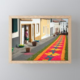 Making flower carpets Framed Mini Art Print