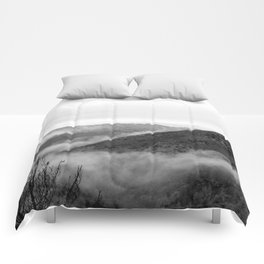 Fog in the Sierra Nevada Foothills Comforters