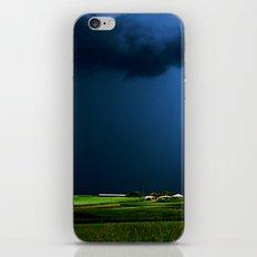 Wild, wild weather iPhone & iPod Skin