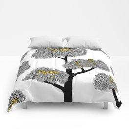 Resting beauties Comforters