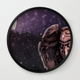 Owly kiss Wall Clock