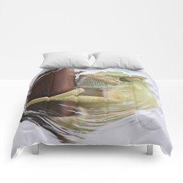 I'm A Bit Of A Chameleon Comforters