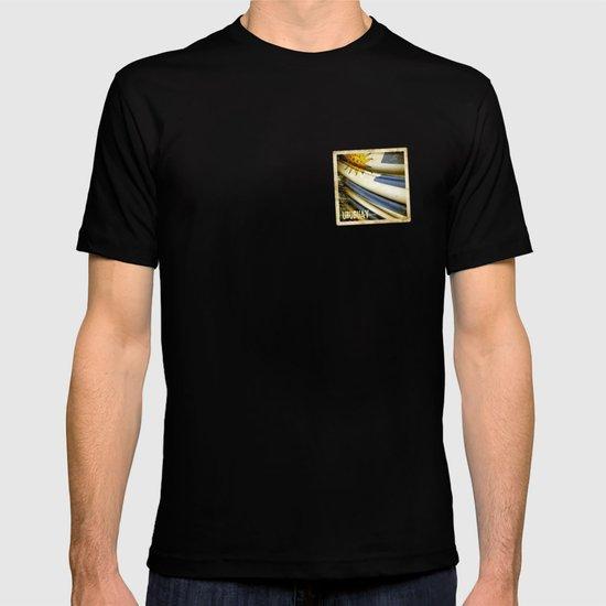 Grunge sticker of Uruguay flag T-shirt
