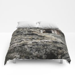 A lonely home in the hills. Comforters