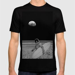 Moon surfer T-shirt