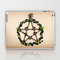 PENTAGRAM GARLAND Laptop & iPad Skin