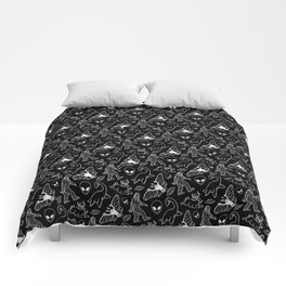 Cryptid Pattern: White Lines Comforters