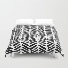 Simple black and white handrawn chevron - horizontal Duvet Cover