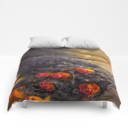 DRIED FLORAL BUNCH Comforters