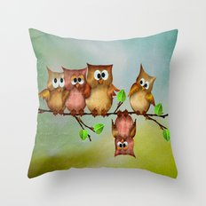 Owl crashed Throw Pillow