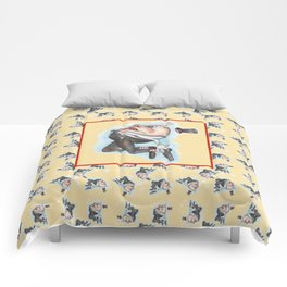 Humpty Dumpty with center image on yellow  Comforters