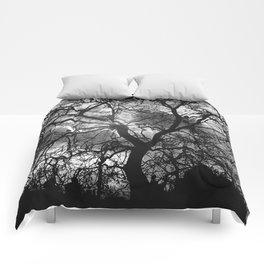 Dramatic London Tree Silhouette Comforters